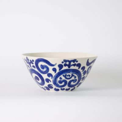 Product shot of the Electric porcelain serving bowl