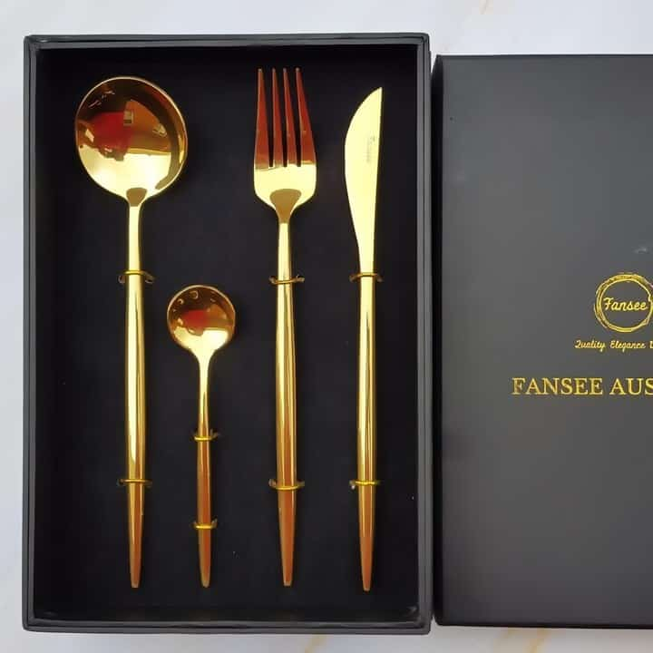 Lifestyle shot of Golden cutlery set_16 piece gift box