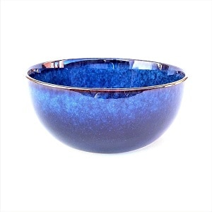 Porcelain salad bowls_set of 2_side view shot