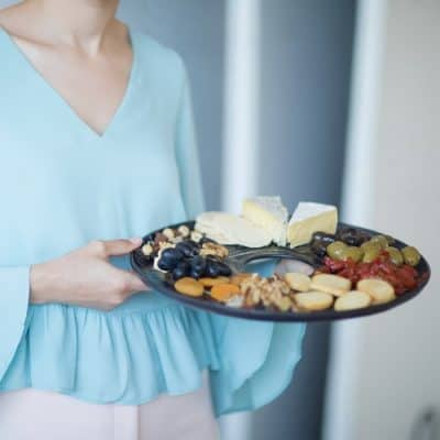 Dark blue round serving platter for appetizers Selen by Anna Vasily.